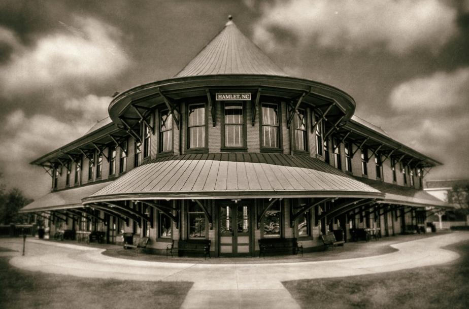hamlet depot_redo_art_bw