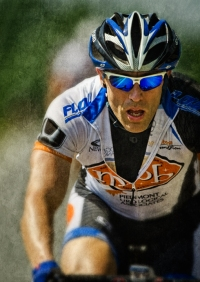 tour-cyclist-portrait