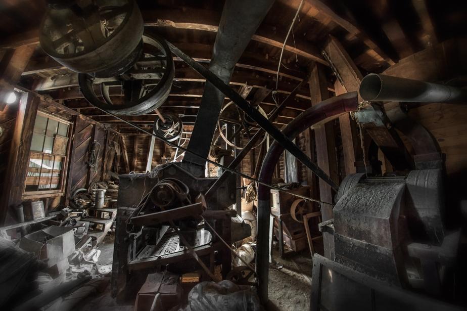 julian milling_attic_02