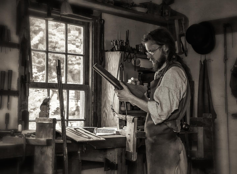 old salem gunsmith_shop_02