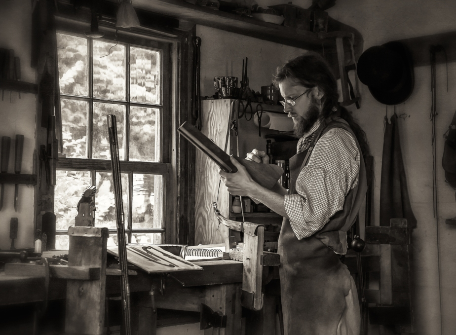 old salem gunsmith_shop_02