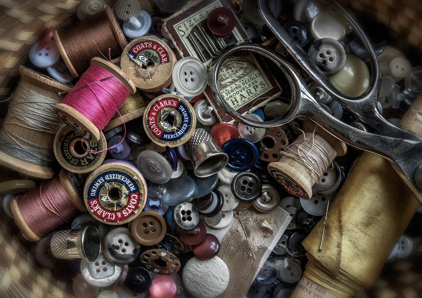 sewing_buttons_still life_01